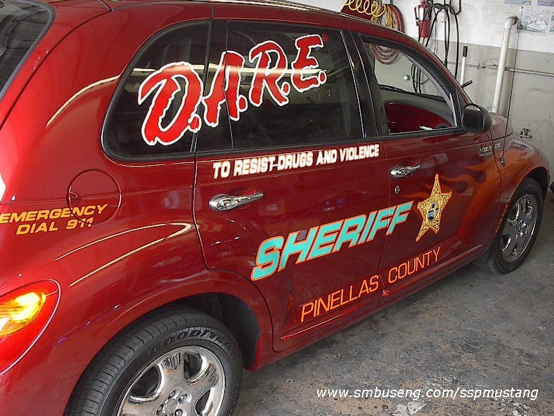 Pinellas_County_FL_Sheriff_2002_PT_Cruiser3.JPG (151418 bytes)